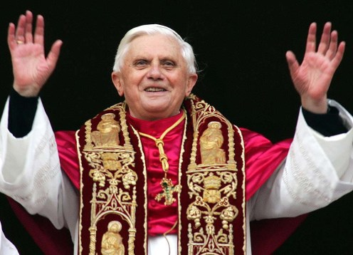 Vuemix shares the latest streaming online videos of Pope Benedict, bob woodward, debi austin, Alex smith and more